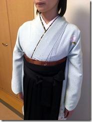 学校の先生も袴の出張着付けを (1)