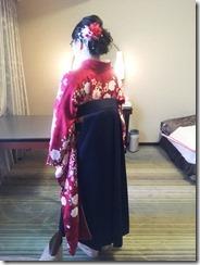 リーガロイヤルホテル広島へ袴着付とヘアセットに (2)