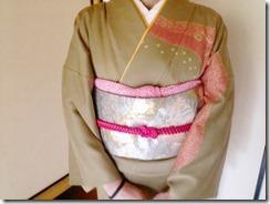 スッキリとした着付姿の出張着付 (3)