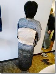 小紋と袴の出張着付に (1)