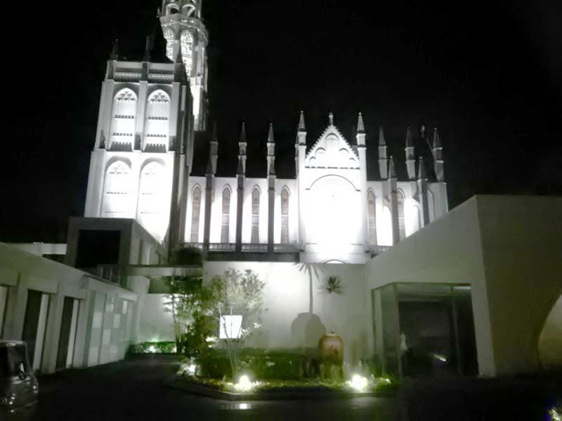 夜も素敵な古田台の結婚式場へ着付に(*^_^*)♪