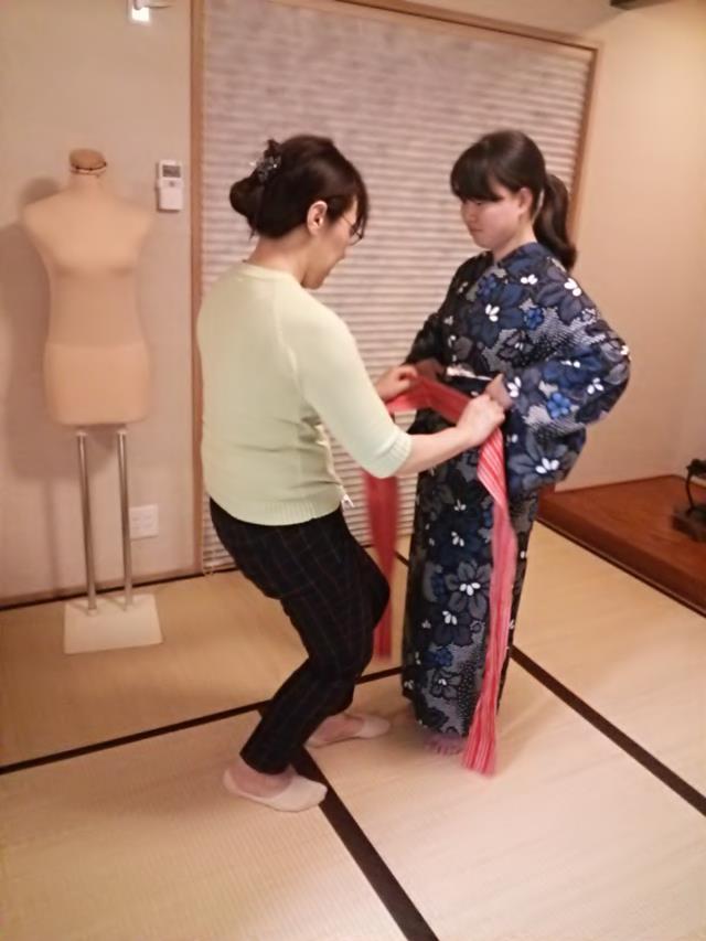 着付師の実践練習(*^_^*)♪