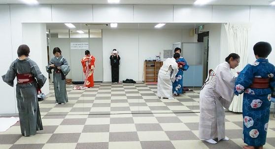 広島のカルチャー教室で着物着付け教室を開催中(^O^)/♪