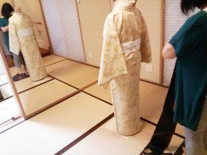 着物の自装着付から他装着付を学ぶと