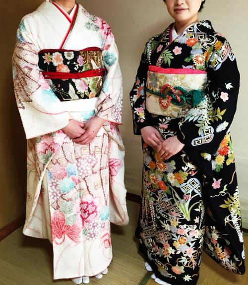 素敵な振袖で結婚式へ(*^_^*)♪