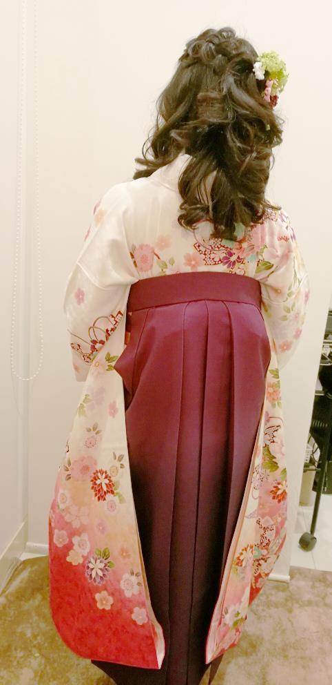 成人式の袴で卒業式から謝恩会へ