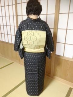 紬の着物に名古屋帯を着付にご自宅へ