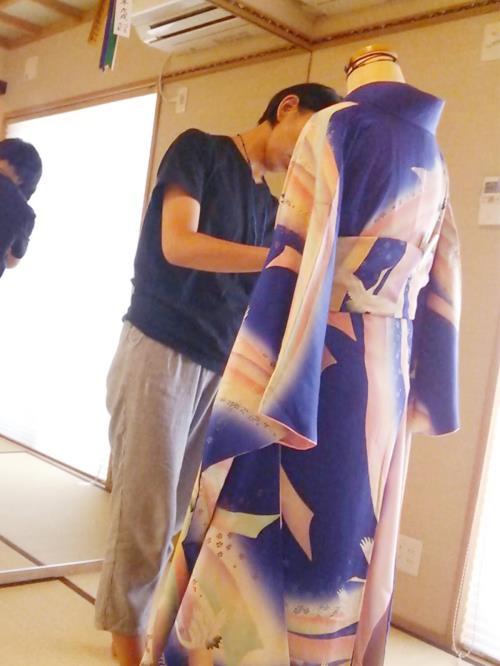 広島の着付け教室で振袖の他装練習(^^)♪