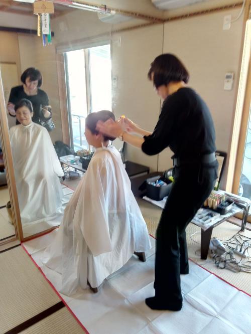 留め袖着付けとヘアセットにメイクを(^^)♪