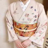 干支刺繍の半襟におもちゃ柄の訪問着を着付けに(^o^)♪