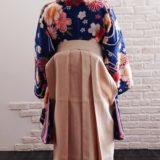 袴で卒業式の記念撮影に(*^_^*)♪