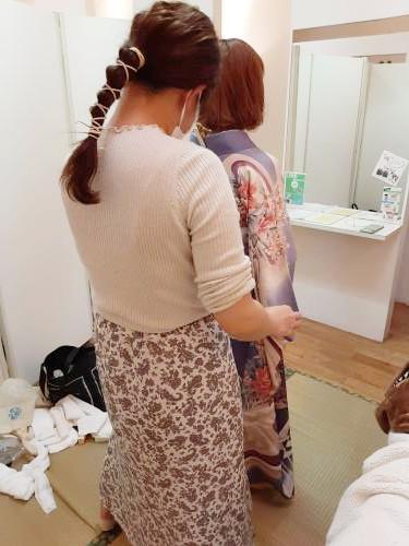 美容師さんの着付け練習